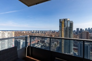 500 sherbourne st 2704_view (4)