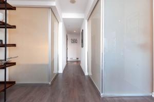 68 abell street hallway 2