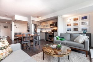 68 abell street living:dining