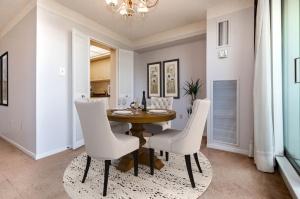 wynfordheightscres_dining room