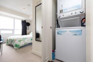 812 lansdowne avenue 511 18 laundry