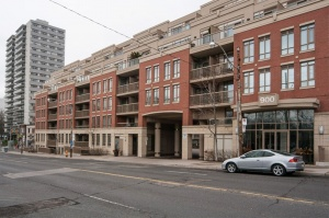 900 Mount Pleasant Road #221 - Central Toronto - North Toronto