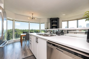 97 lawton boulevard 802 kitchen with surrounf park view