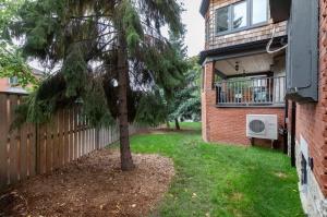 1 ridley gardensbackyard
