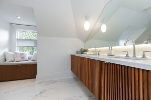 1 ridley gardensmaster bathroom 2