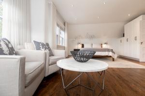 1 ridley gardensmaster bedroom 5