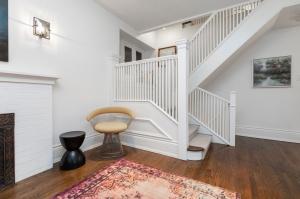 1 ridley gardensstaircase