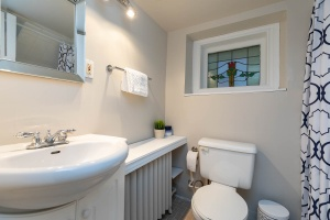 100 saint johns road bathroom 03