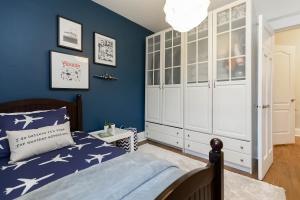 100 saint johns road bedroom 02