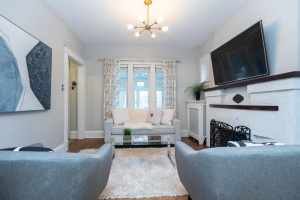 100 saint johns road living room 03