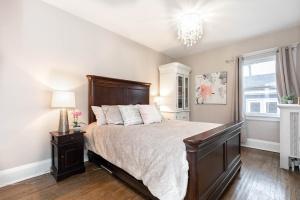 100 saint johns road master bedroom 01