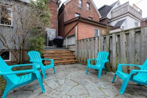 104 marion street backyard 04