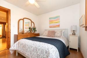 104 marion street bedroom 02