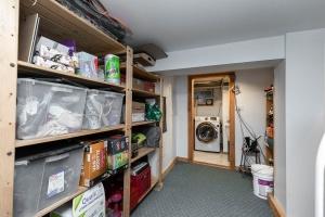 104 marion street laundry