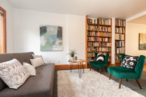 104 marion street living room 07