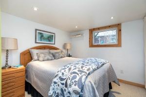 104 marion street lower bedroom 01