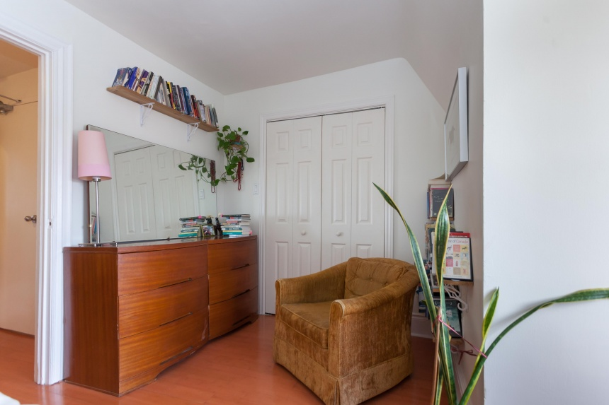 34 bedroom