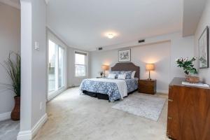 11 walmsley boulevard bedroom 01