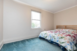 11 walmsley boulevard bedroom 04