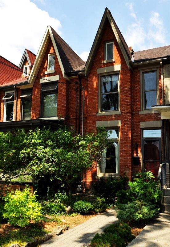 110 Fern Avenue - West Toronto - Roncesvalles