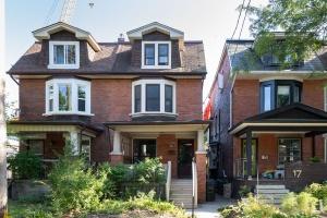 15 Hewitt Avenue - West Toronto - Roncesvalles
