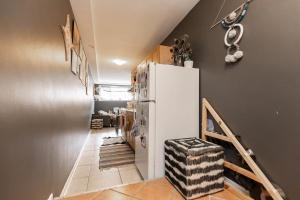 17sorauren_basementsuite (9)