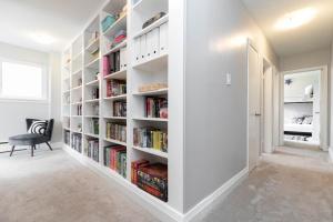 17sorauren_bookcase (1)