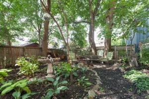170 Cowan Avenue Garden 7