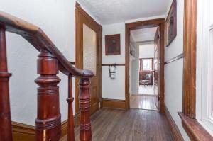 170 Cowan Avenue Hallway