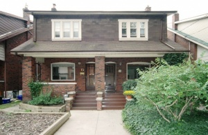 17 Hillsview Avenue - West Toronto - High Park