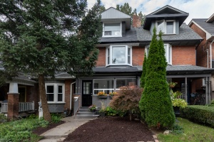 22 Ridley Gardens - West Toronto - High Park