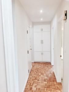 227 grenadier road 2nd floor hallway