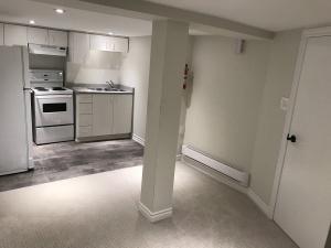 227 grenadier road basement kitchen 02
