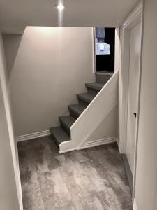 227 grenadier road stairs 02