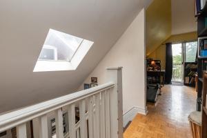 227 grenadier road stairs