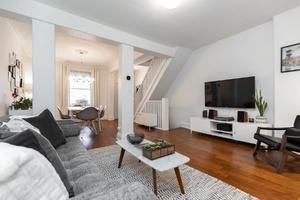 232_maria_street_11_living_room