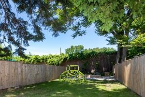 232_maria_street_39_backyard