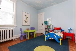 25 glebeholme boulevard kids room