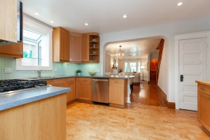 25 glebeholme boulevard kitchen 2