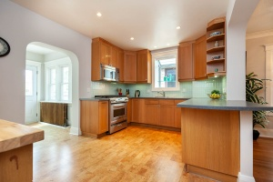 25 glebeholme boulevard kitchen 3