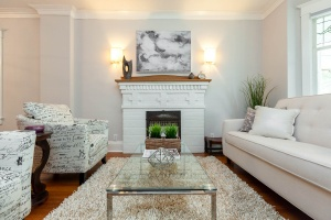 25 glebeholme boulevard living room 4