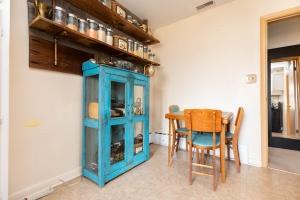 283evelynave_2ndlevel_kitchen (3)