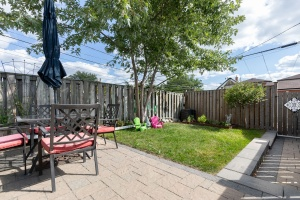 29 corbett avenue backyard 01