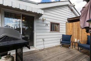 29 corbett avenue deck 02