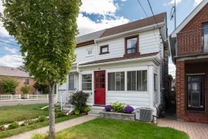 29 Corbett Avenue - West Toronto - Rockcliffe-Smythe