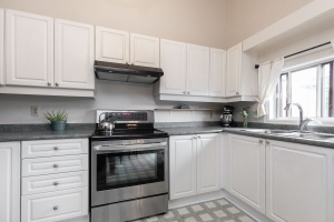 29 corbett avenue kitchen 04