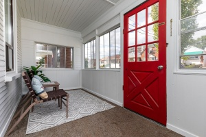 29 corbett avenue porch 01