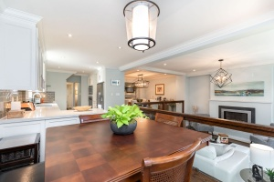 29 princeton road  breakfast nook 02