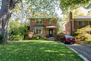 29 Princeton Road - West Toronto - The Kingsway