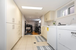 29 princeton road  laundry room 01